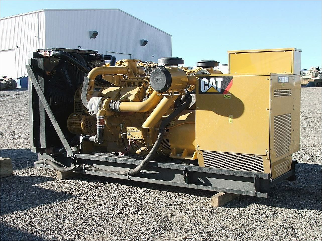 Maintenance for 1.2 MW - CAT Generator